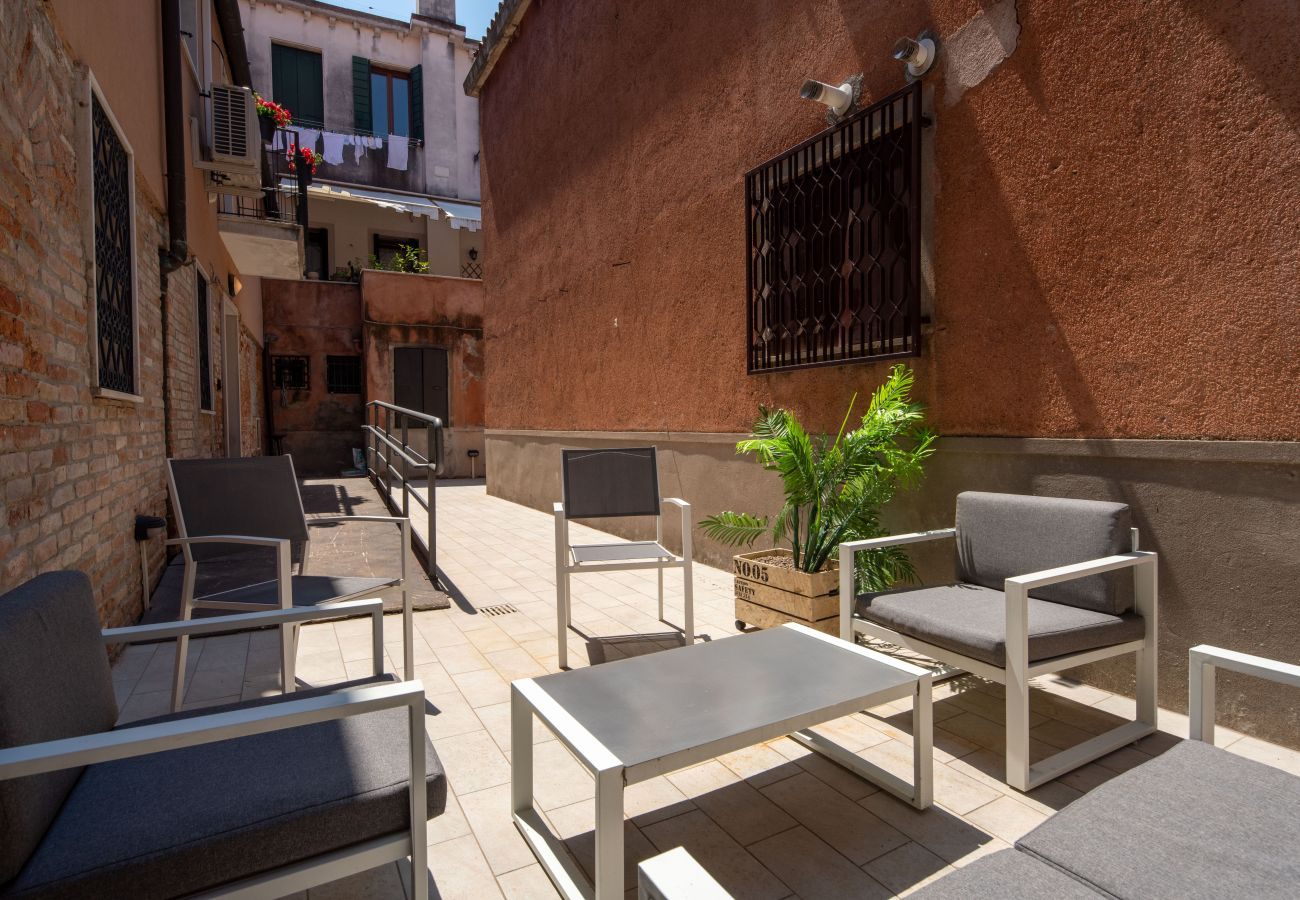 Apartamento en Venecia - Herion Palace Apt. 2