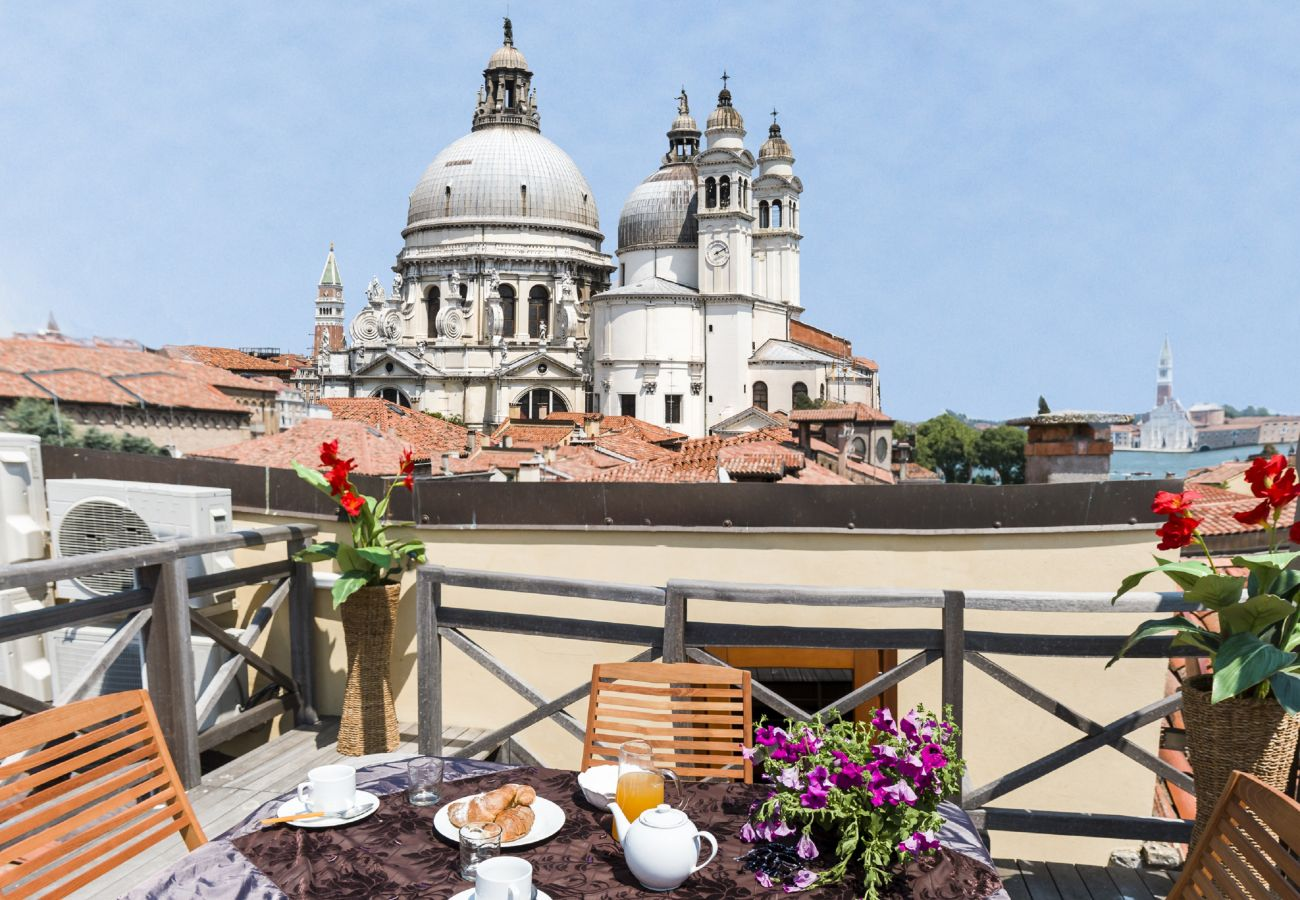 Apartment in Venice - Accademia Charm Apartment n.5