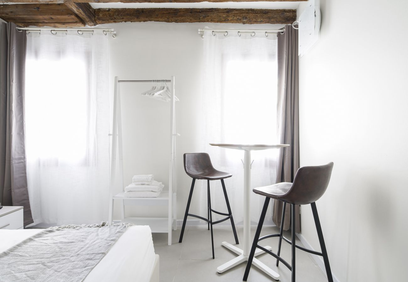 Apartment in Venice - Accademia Charm Apartment n.1