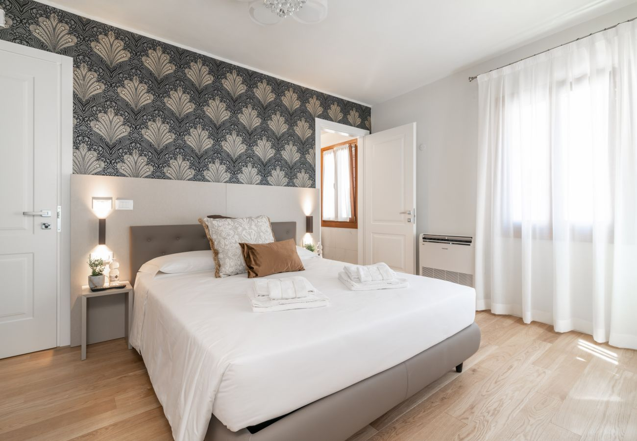 Rent by room in Venice - Room 6 - Grifoni Boutique Hotel