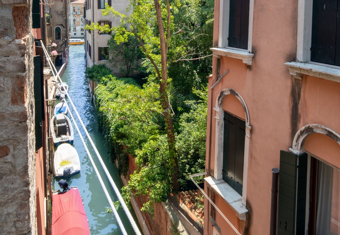Apartment in Venice - Venice Grand Canal Style Apt. 3